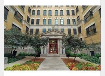 559 W Surf Unit 807, Chicago, IL 60657