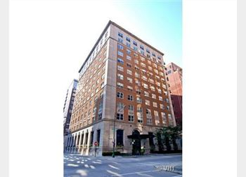 1300 N State Unit 901, Chicago, IL 60610