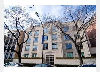 1422 N La Salle Unit PH2, Chicago, IL 60610