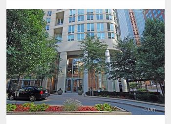 345 N La Salle Unit 308, Chicago, IL 60610