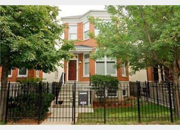 333 W Goethe, Chicago, IL 60610