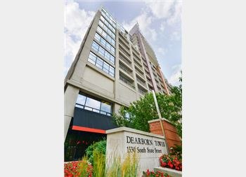 1530 S State Unit 17B, Chicago, IL 60605