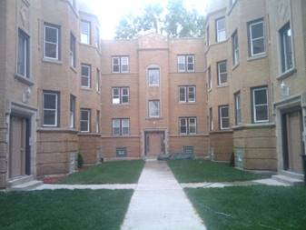 7415 S Kimbark Unit 2E, Chicago, IL 60649