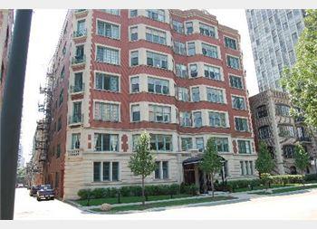 325 W Fullerton Unit 504, Chicago, IL 60614