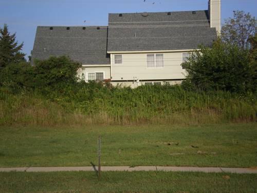 1250 Sandpiper, Woodstock, IL 60098