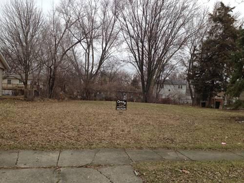 1712 Forest Glen, Hanover Park, IL 60133