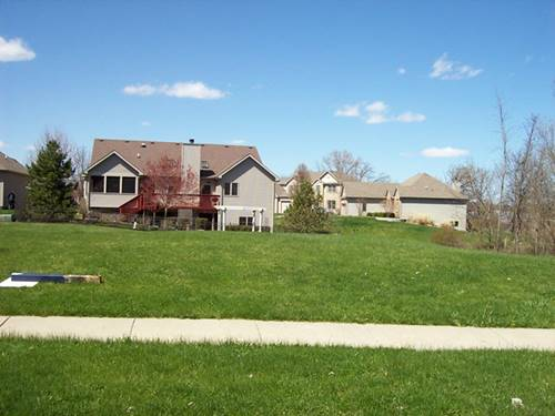 1122 Oak Point, Antioch, IL 60002