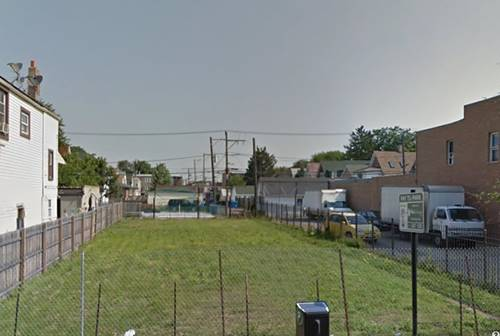 4214 W Armitage, Chicago, IL 60639