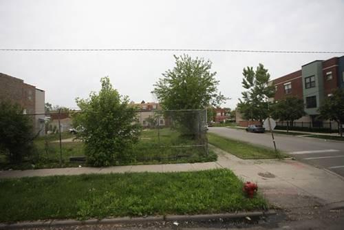 658 N Troy, Chicago, IL 60612