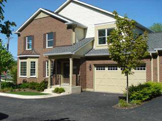 1223 Charleston Unit 1223, Westmont, IL 60559
