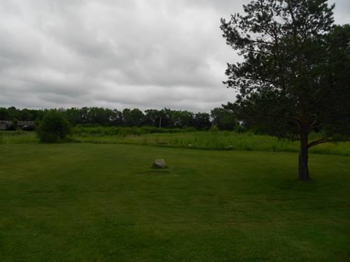 1881 N St Marys, Green Oaks, IL 60048