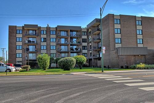 7707 W Irving Park Unit 106, Chicago, IL 60634