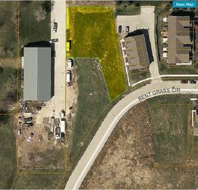 255 Bent Grass, Dekalb, IL 60115