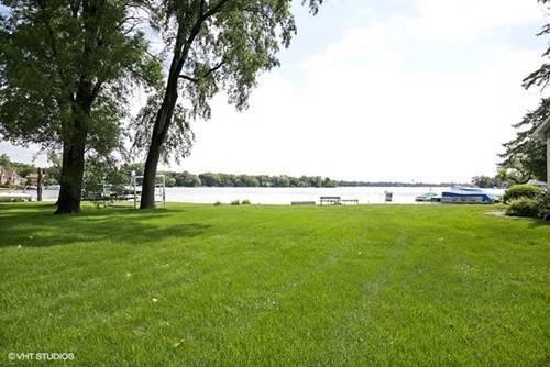 225 Edgewater, Crystal Lake, IL 60014