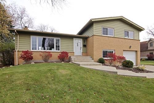 813 Castlewood, Deerfield, IL 60015