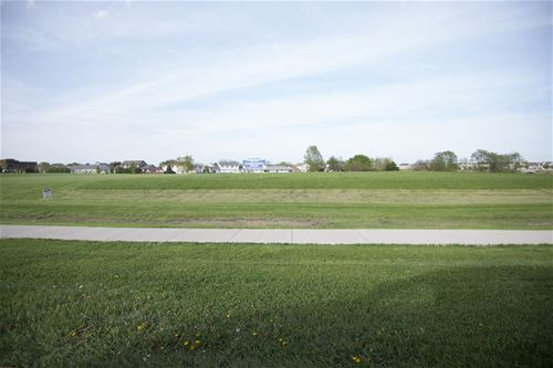 Lot A North ( Rt 52), Manhattan, IL 60442