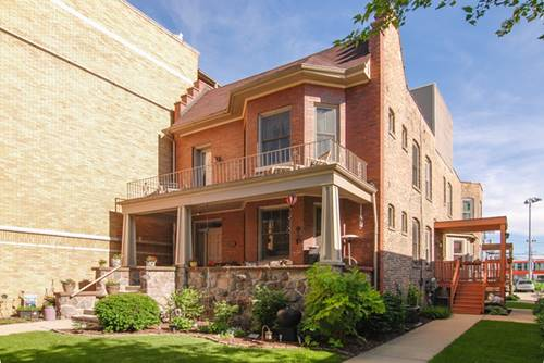 253 Washington Unit C, Oak Park, IL 60302
