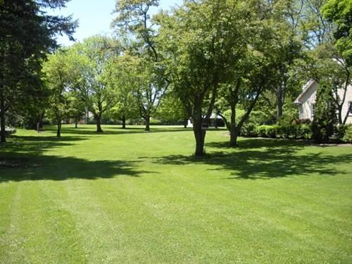 8S220 College, Naperville, IL 60540