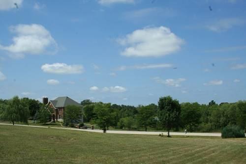 8 W Prairie, Hawthorn Woods, IL 60047