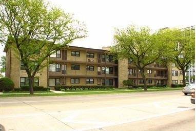 4805 N Harlem Unit 3, Chicago, IL 60656