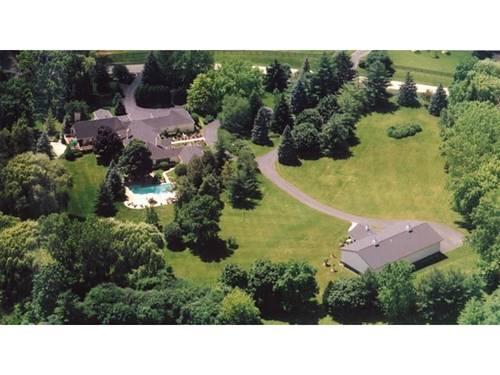 8 Three Lakes, Barrington Hills, IL 60010
