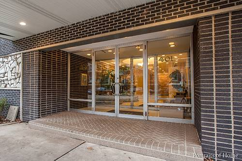 401 S Grove Unit 2C, Oak Park, IL 60302