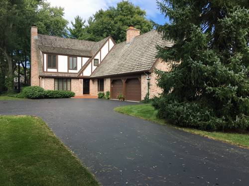 670 Country Club, Crystal Lake, IL 60014