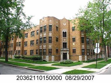 8000 S Paxton, Chicago, IL 60649