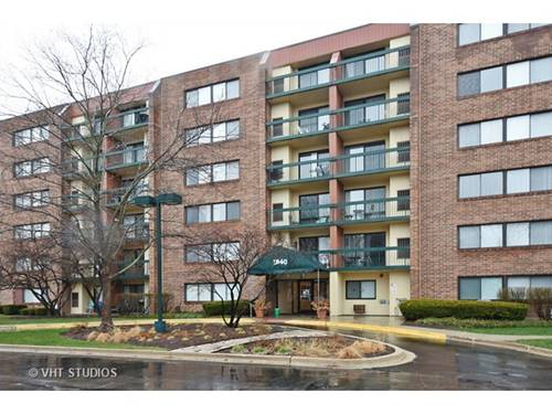 1840 Huntington Unit 110, Hoffman Estates, IL 60169