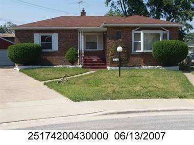 11030 S Sangamon, Chicago, IL 60643