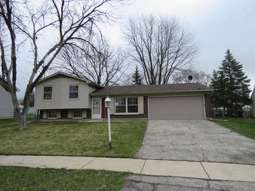 8207 Northway, Hanover Park, IL 60133