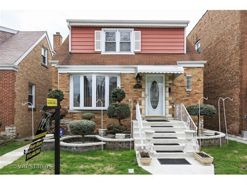 6311 W Melrose, Chicago, IL 60634