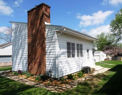 S525 Robbins, Winfield, IL 60190