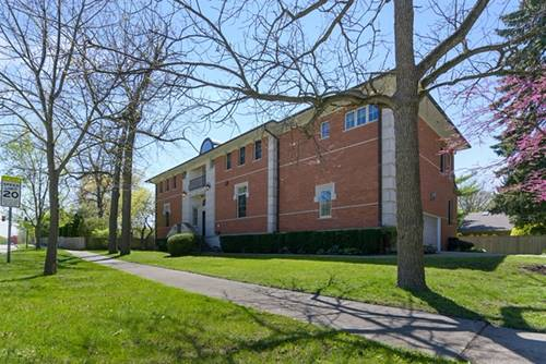 1040 Hohlfelder, Glencoe, IL 60022