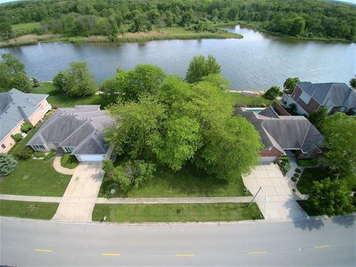 671 Edgewater, Morris, IL 60450