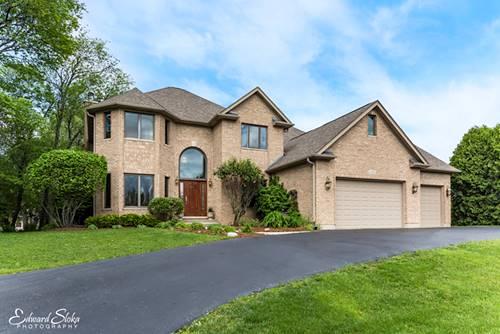 3290 Oak Knoll, Carpentersville, IL 60110