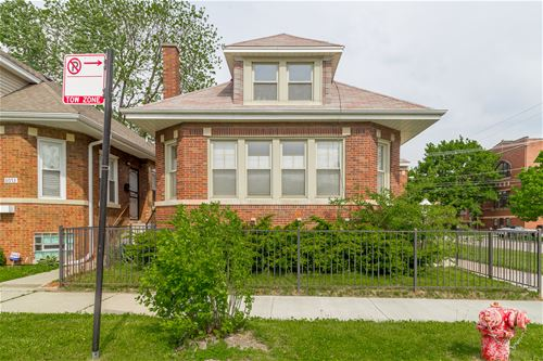 8055 S Dorchester, Chicago, IL 60619