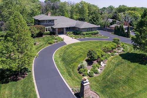 2420 Forest Glen, Riverwoods, IL 60015