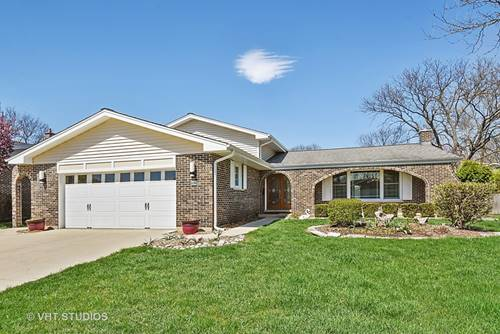 1524 E Crabtree, Arlington Heights, IL 60004