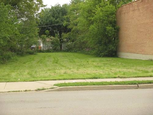736 E St Charles, Lombard, IL 60148