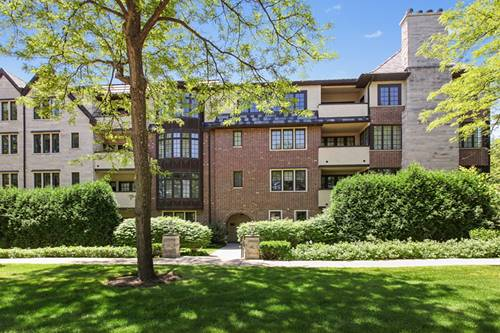 1600 Green Bay Unit 104, Highland Park, IL 60035