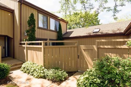 1250 W Oak Hill Unit D, Lake Barrington, IL 60010