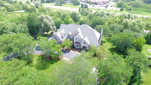 36 Old Lake, Hawthorn Woods, IL 60047