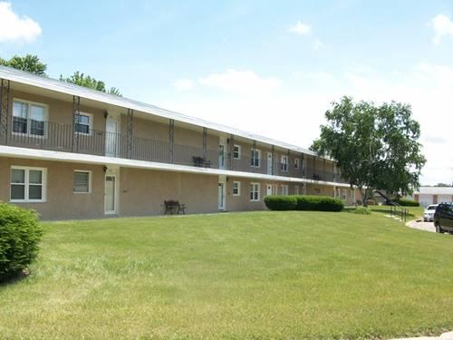 30 Tilton Manor Unit 204, Rochelle, IL 60168