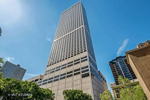 180 E Pearson Unit 3703, Chicago, IL 60611 Streeterville