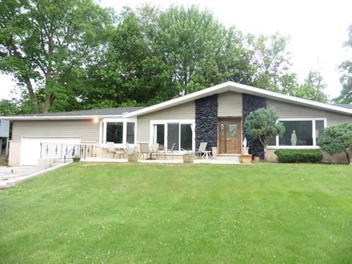 1640 Lowe, Algonquin, IL 60102