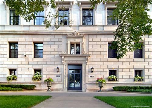 229 E Lake Shore Unit 2E, Chicago, IL 60611 Streeterville
