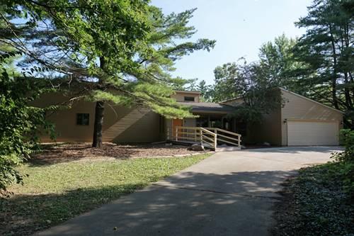 504 Miller Woods, Mahomet, IL 61853