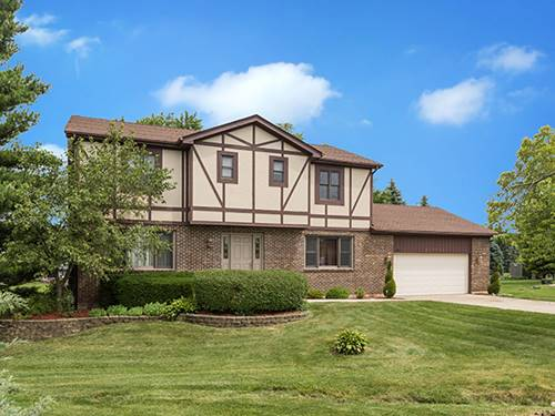 27W722 Holly, West Chicago, IL 60185