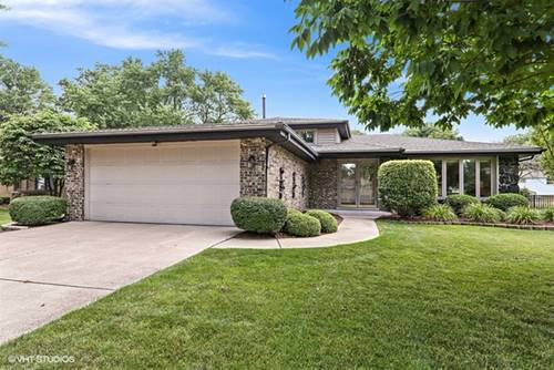 9S165 Florence, Downers Grove, IL 60516
